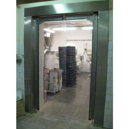 Lengő kapu kis forgalmú helyekre, szélessége 201 - 210 cm