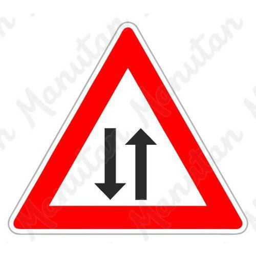 Figyelmeztető táblák - Kétirányú forgalom A9 közlekedési tábla