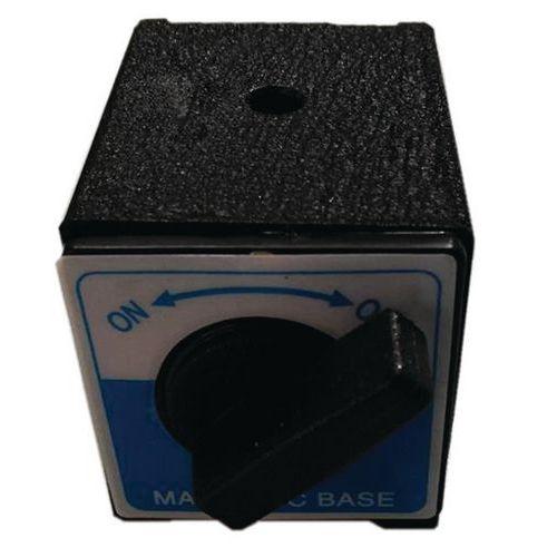 Eltérésmérő mágneses aljzat